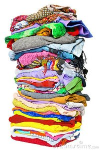 stack-clothes-10704024