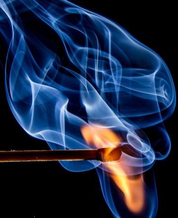 fire-545374_1280