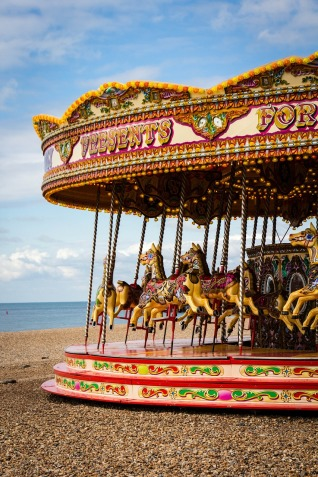 carousel-1962831_1280