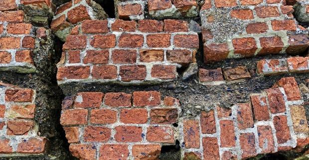 brick-2205882_1280